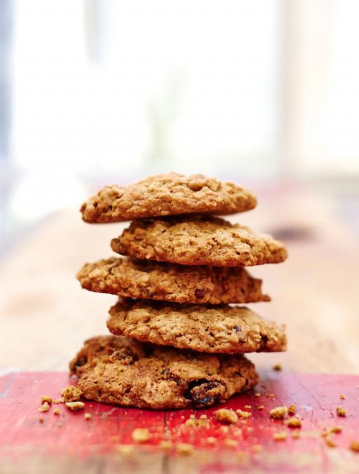Gluten-Free Oat and Raisin Cookies