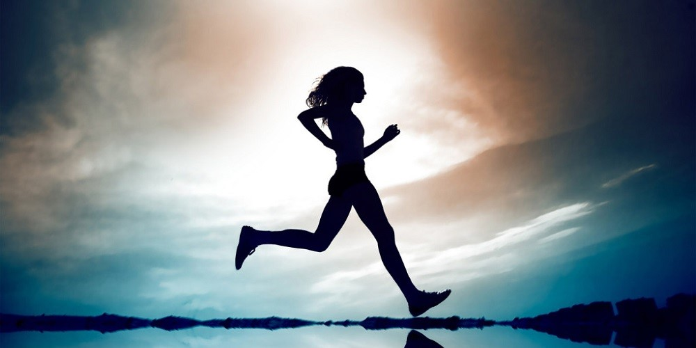 girl running 1 More connectivity in the brain found in people who run